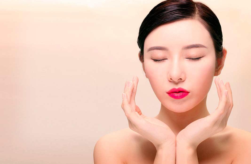 Корейский массаж для лица против морщин