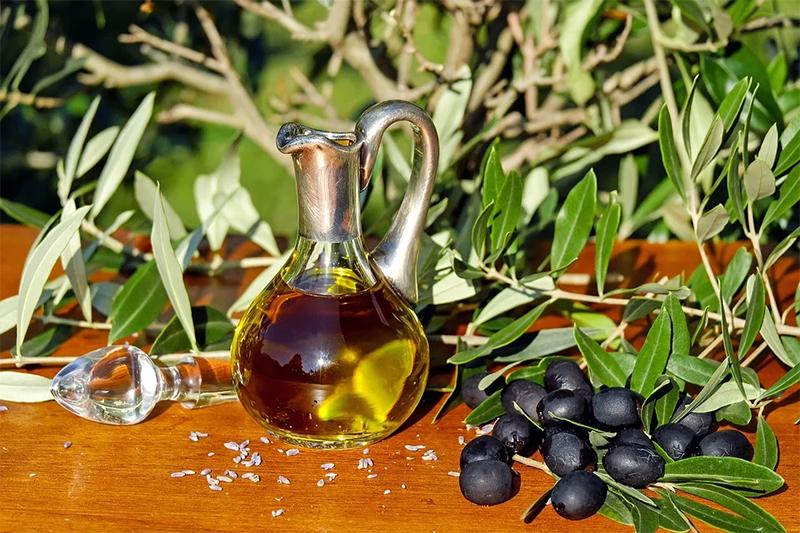 Польза оливкового масла для кожи лица